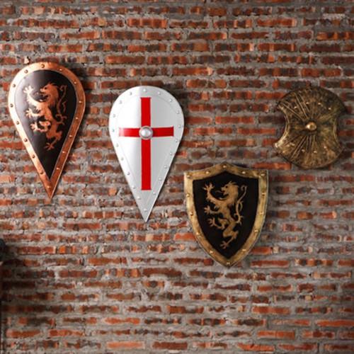 Декор на стену «Щит»