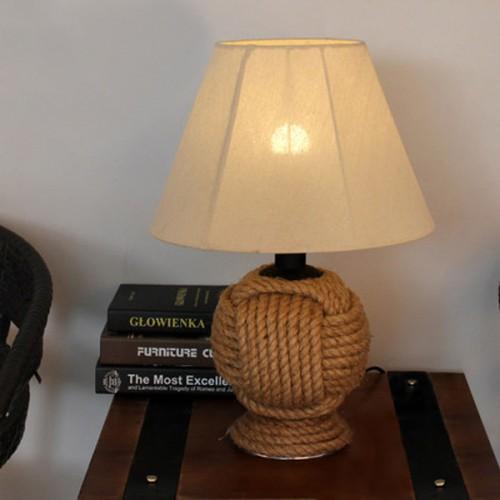 Дизайнерская настольная лампа ДЛ-014