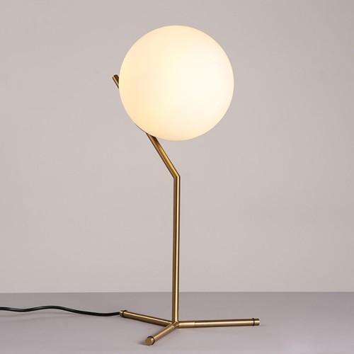 Дизайнерская настольная лампа ДЛ-053