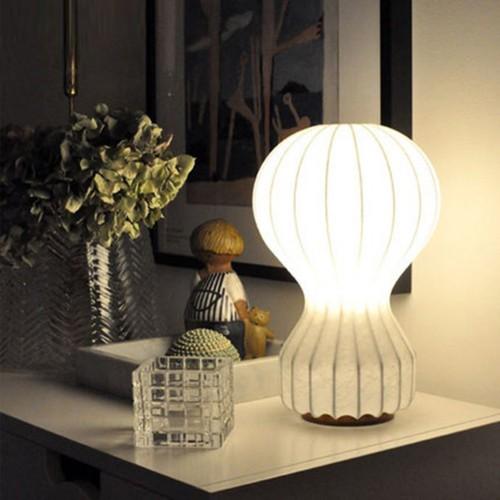 Дизайнерская настольная лампа ДЛ-064