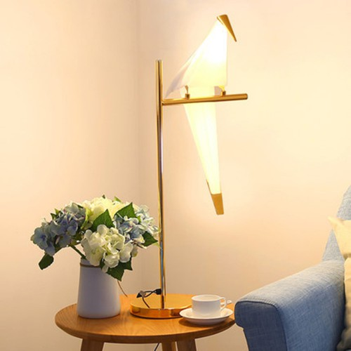 Дизайнерская настольная лампа ДЛ-067