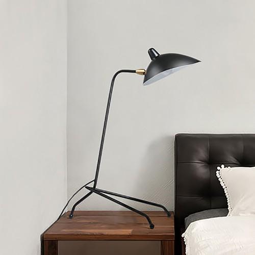 Дизайнерская настольная лампа ДЛ-135