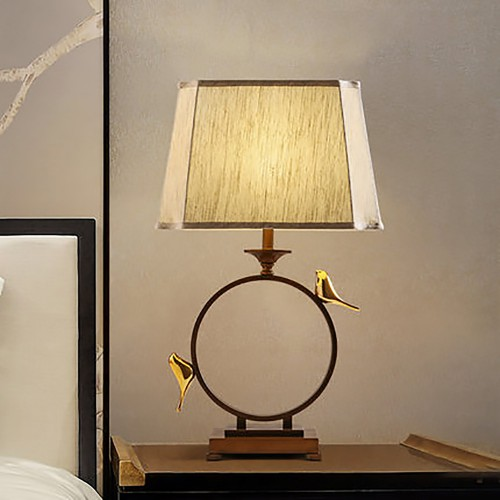 Дизайнерская настольная лампа ДЛ-137
