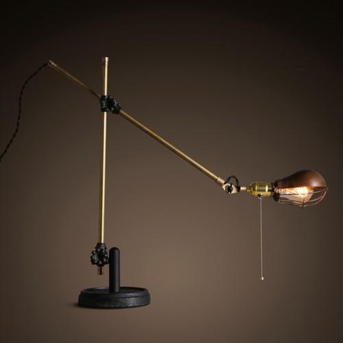 Дизайнерская настольная лампа НЛ-026