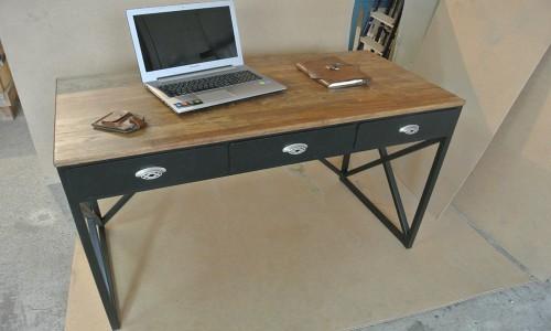 Письменный стол МС-202